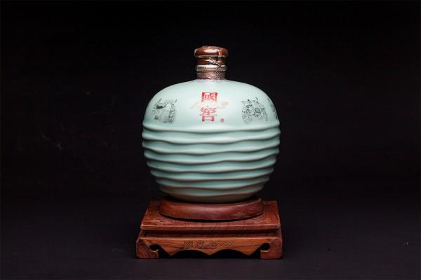 泸州老窖1573青瓷酒坛